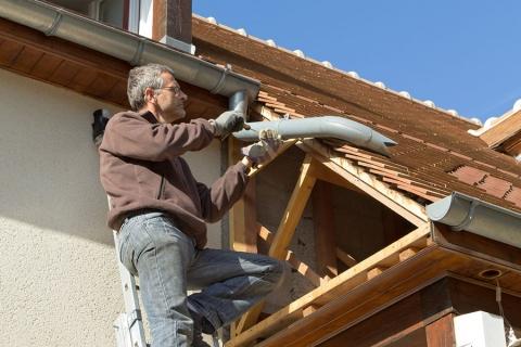 Location - À qui incombent les travaux et réparations ?
